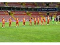Süper Lig: Kayserispor: 0 - Beşiktaş: 0 (İlk Yarı)