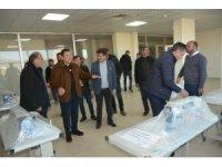 Ardahan Belediyesi günlük 3 bin maske dağıtıyor