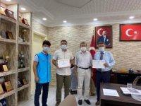 Başkan Alhan, kurbanını bağışladı