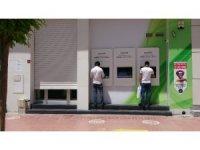 Personelde korona virüs çıkınca banka şubesi kapatıldı