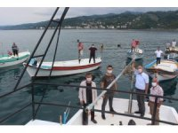 Giresun'un Görele ilçesinde vatandaşlardan kafes balıkçılığına tepki