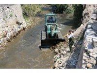Bitlis Belediyesinden dere temizliği