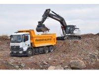 Viranşehir Belediyesi yeni iş makineleri ile sahada