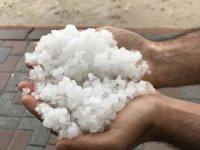 Sivas'ta kuvvetli yağış ve dolu etkili oldu