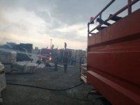Bilecik'te fabrikanın açık hava deposunda yangın