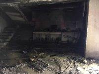 Kuşadası'nda boş villa yandı
