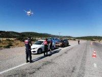 Jandarmadan drone ile havadan trafik denetimi