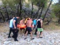 Selfie çekmek isterken kayalıklardan düştü, ekipler seferber oldu