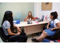 Gaziemir Belediyesinden üniversite adaylarına tercih desteği