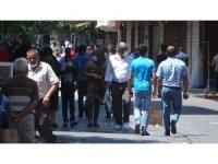 Gaziantep'te cadde ve sokaklarda hareketlilik başladı