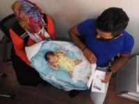 Yeni doğan bebeklerinin altını değiştirdiklerinde şok oldular
