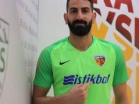 Kayserispor'da 17 futbolcunun sözleşmesi devam ediyor