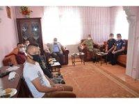 Emet protokolü şehit ailelerini ziyaret etti