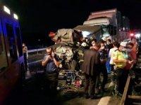Zincirleme kazada 1 kişi hayatını kaybetti, 2 kişi yaralandı