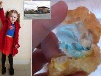 Ünlü fast food zincirinde mide bulandıran olay! Kızarmış tavuğun içinden maske çıktı