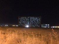 Pandemi hastanesinin gece görüntüsü salgının boyutunu ortaya koydu