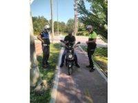 Yürüyüş yollarını kullanan motosikletliler cezalandırılıyor