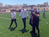 """Alpay Özalan: """"Menemen'de yapımı devam eden spor tesisini inceledi"""