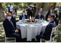 Protokol krizi haberlerine Başkan Çay'dan tepki