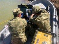 SAK Timleri, Tunceli'de Baraj Gölü'nde kaybolan vatandaşı bulmak için seferber oldu