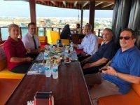 Türk Havacılık Uzay Sanayi ve Roketsan üst düzey yöneticilerinden Başkan Yanmaz'a ziyaret