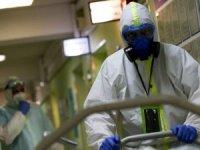 Koronavirüs salgınında dünya çapında vaka sayısı 20 milyona yaklaştı.