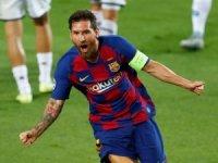 Şampiyonlar Ligi tarihinde 35 farklı takıma gol atan ilk futbolcu.