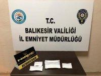 Balıkesir'de polis 8 uyuşturucu şüphelisini yakaladı