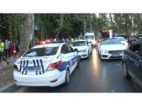 Beşiktaş'ta kontrolü kaybeden motosiklet yayalara çarptı