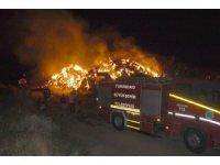 Tekirdağ'da kundaklama iddiası: 6 bin balya saman alev alev yandı