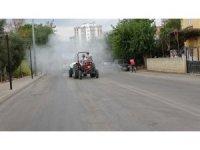 Kozanlı çiftçiler bu sefer korona virüse karşı ilçe sokaklarını ilaçladı