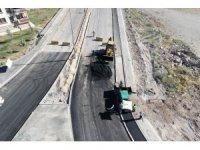 Melikgazi'de asfalt çalışmaları aralıksız sürüyor