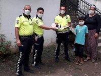 Polislere Hayranlık Duyan Minik Selman'a Doğum Günü Sürprizi
