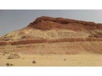 Suudi  Arabistan'ın kuzeyindeki dağların 37 milyon yaşında olduğu tespit edildi