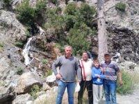 Mersin'de mahsur kalan 11 kişi kurtarıldı