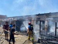 Avşa'da yangında evler zarar gördü