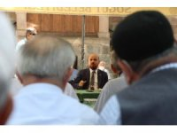 Dünya Etnospor Başkanı Bilal Erdoğan, Söğüt sakinleriyle çay sohbetine katıldı