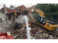 Kütahya'da metruk binaların yıkımı hızlandı