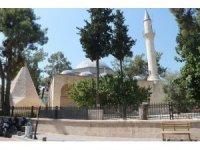 Tarihi Laal Paşa Camii için Mersin milletvekili Şimşek devrede