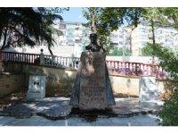 Kartal'daki Atatürk ve Türk Devletleri Anıtı için restorasyon çalışmaları başladı