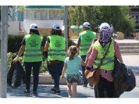 Kırşehir'de, gönüllü sokak işçileri şehir temizliği yaptı