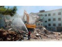 Eski Malkara Devlet Hastanesi'nin yıkımına başlandı