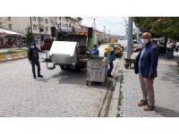 Çaldıran'da çarşı merkezindeki bulunan çöp konteyneri yenilendi