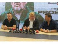 Denizlispor, Robert Prosinecki ile 1 yıllık sözleşme imzaladı