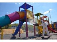 Alaplı'da parklar dezenfekte ediliyor