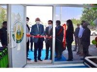 Vali Hüseyin Öner, Tarım Kredi Kooperatifi Marketinin açılışını yaptı