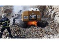 Kırıkkale'de 1,5 milyonluk iş makinesi yandı