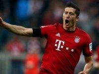 Fileleri 15 kez havalandıran yıldız, Cristiano Ronaldo'yu da yakaladı.