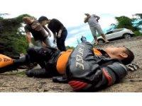 Motosiklet kazası sürücünün kaskındaki kameraya yansıdı