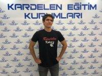 YKS Türkiye birincisi Hüseyin Kağan Özdemir, TOBB Üniversitesi Tıp Fakültesini kazandı